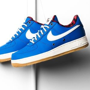 Men's Nike Airforce 1 '07 LV8 (Size 10.5)
